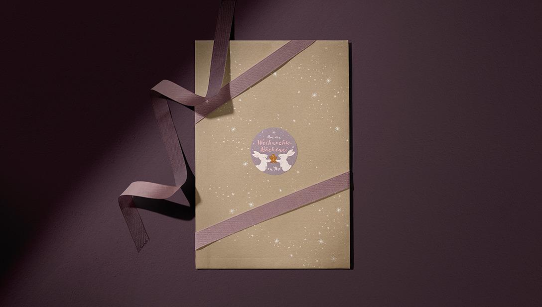Weihnachtskarte Hasensticker Geschenksband Violett
